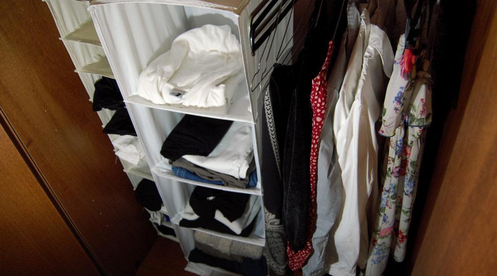 ... Con Sportelli Ikea : Come organizzare lo spazio in un vecchio armadio