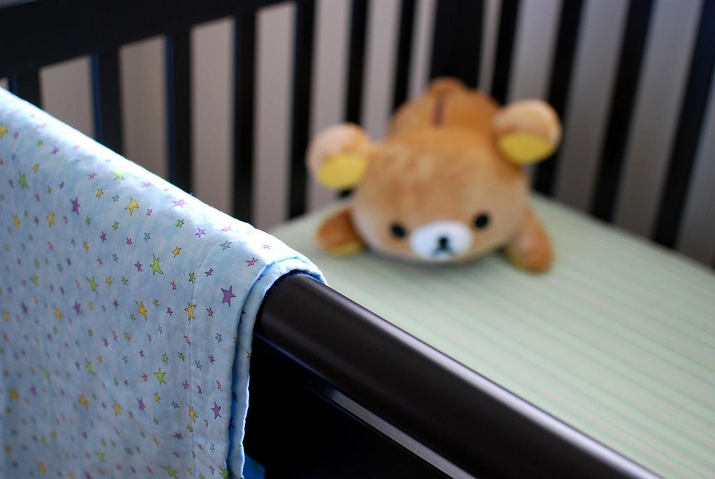 Come fare i lavori di casa con bambini piccoli