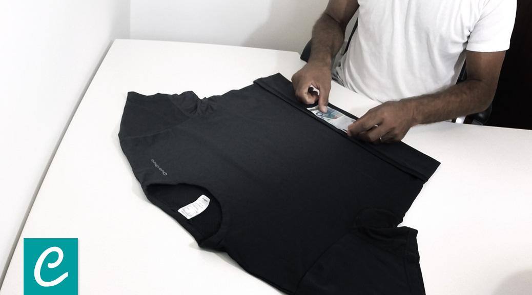 Come piegare una maglietta con il metodo militare