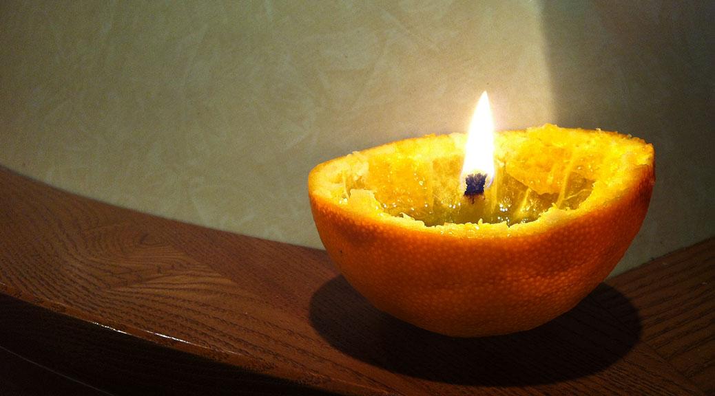 Come creare una candela con un'arancia