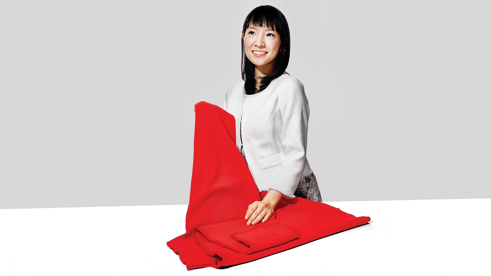 Come piegare i vestiti con il metodo Konmari