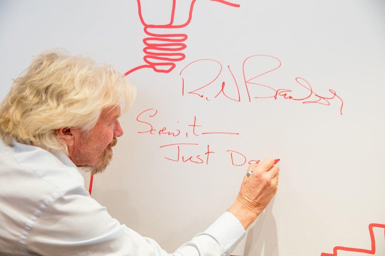 Come mantenere i buoni propositi: i consigli di Richard Branson