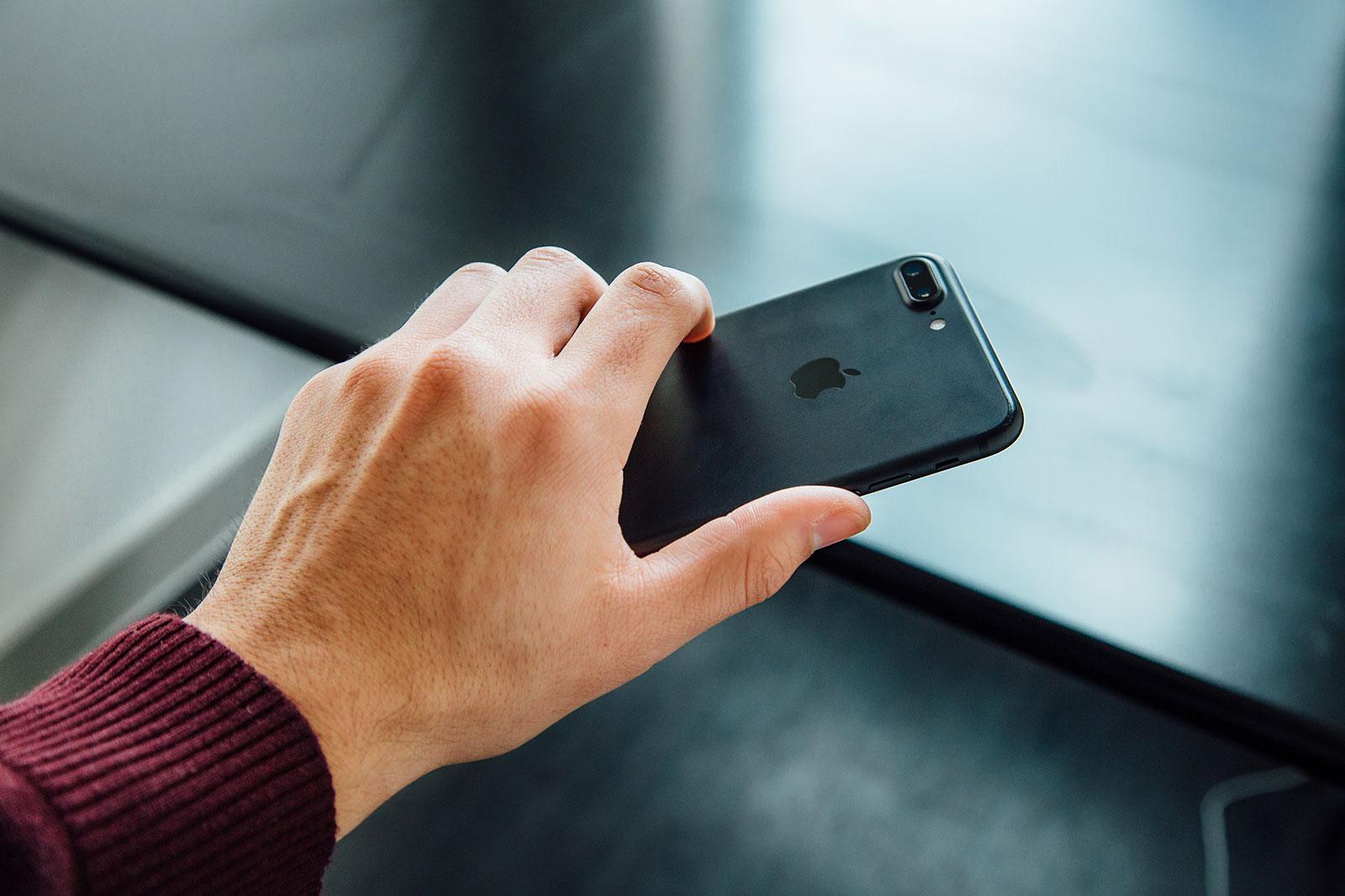 Come stare lontano dallo smartphone